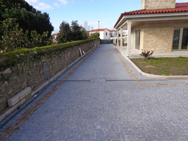Pave Carrossable