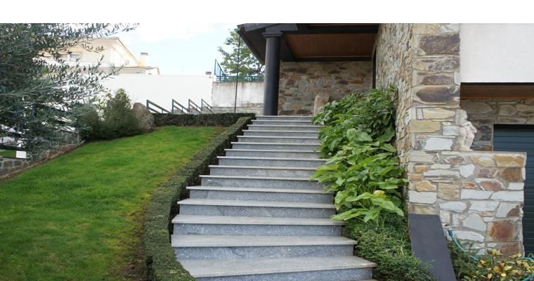Exceptionnel Escalier Exterieur Granit ZV65